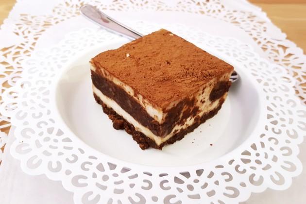 Brunch vegan et sans gluten chez RawCakes : gâteau cru façon tiramisu